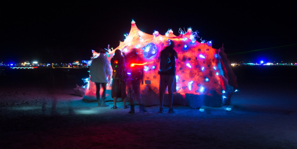 BurningMan2014_BioTron18-1200x605